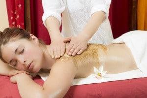 Massage Udvartana a Paris et Verrieres le Buisson